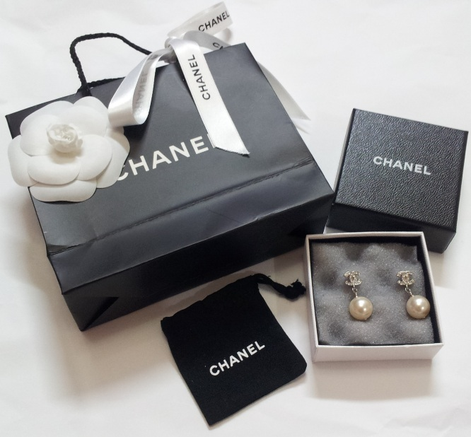 Chanel Crystal CC Logo Pearl Earrings 0, 870, Earrings, Chanel